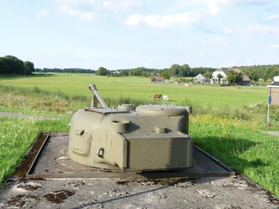 4a902df8ea81cSherman Bunker IJssellinie Olst P1010647